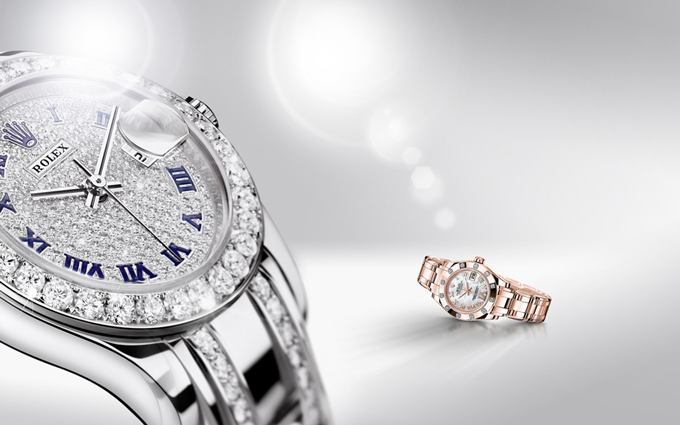La Lady-Datejust Pearlmaster en or gris 18 ct, pavée de diamants et en or Everose 18 ct.
