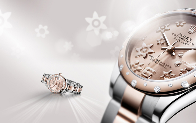 La Datejust Lady 31 en Rolesor Everose, lunette sertie de diamants et cadran floral.