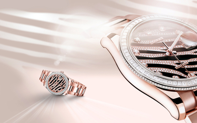 La Datejust en or Everose 18 ct, lunette et cadran sublimés de diamants.
