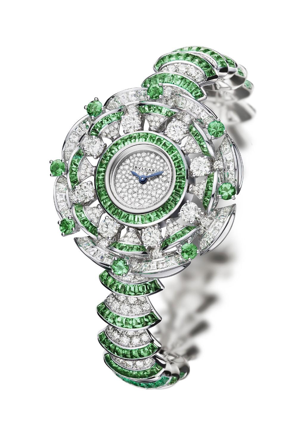 Pre-BaselWorld 2014   La collection horlogère Diva par Bulgari ... 99dbddc305c