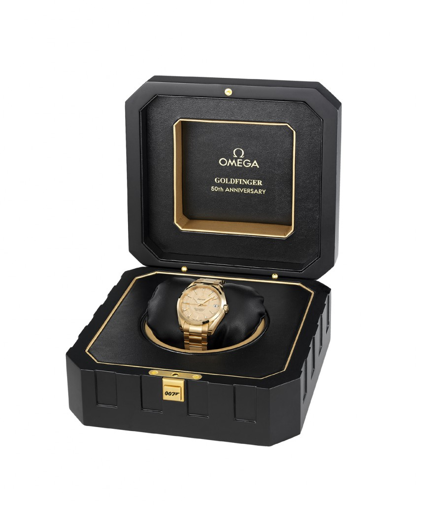Goldfinger_007_box_and_watch