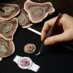 Piaget Altiplano avec marqueterie de jaspe impériale du Mexique et cacholong représentant la rose Yves Piaget