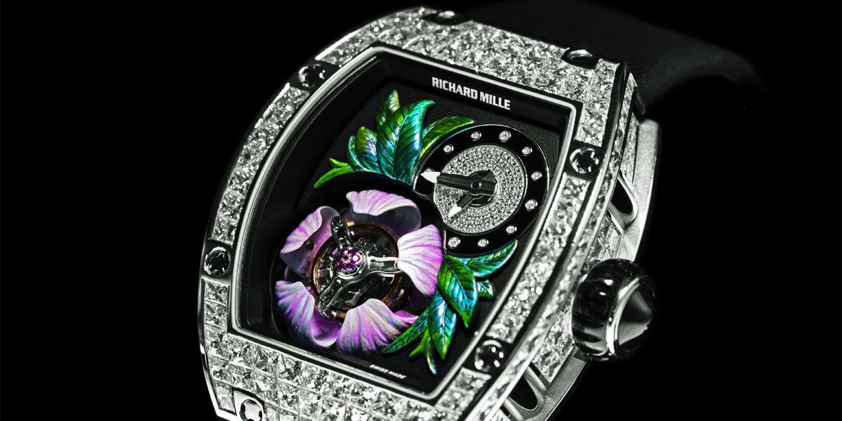 trois montres de luxe hors du commun d voil es au salon horloger de gen ve. Black Bedroom Furniture Sets. Home Design Ideas