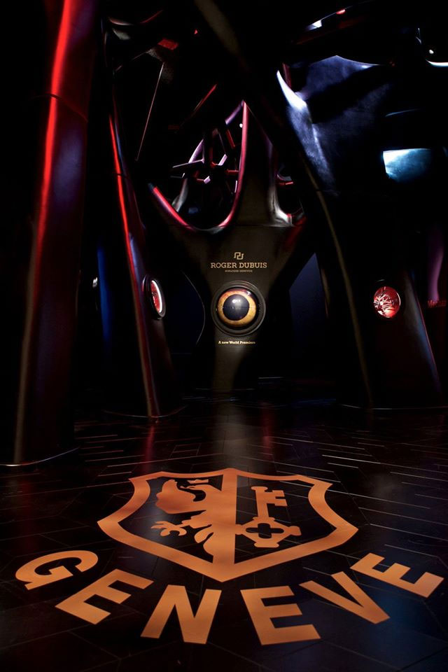 Stand Roger Dubuis au SIHH 2015