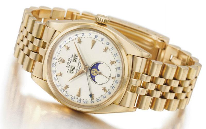 Rolex triple calendrier en or rose 18 carats réf 6062 - Prix : 594 155 $