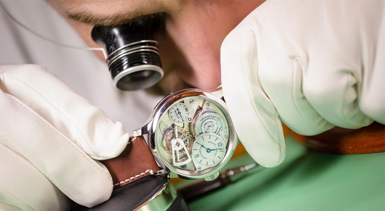 Une montre fabriquée à la main comme au XIXème siècle