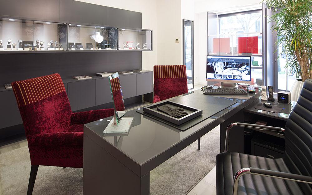 Pure Vintage - Boutique de montres de luxe neuves et d'occasion à Bordeaux